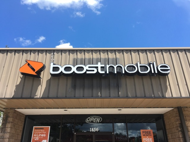 Boost Mobile backlit wall sign, Inverness, FL